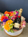 A Sweet Smile | Floral Gift Set | Luxury Flowers Miami