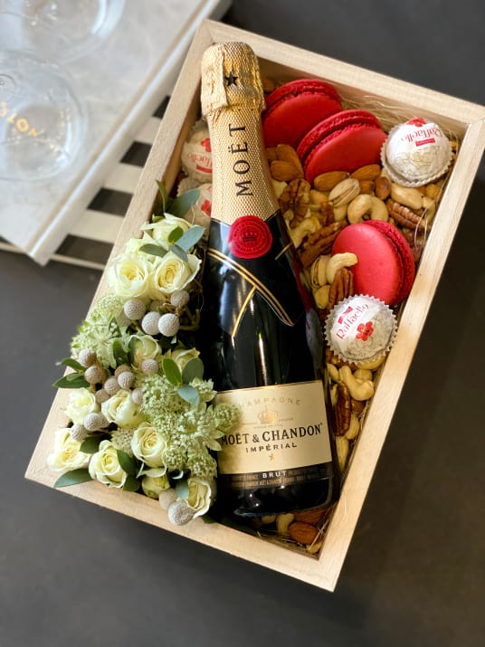 Bright Gift Set with Flowers and Moet