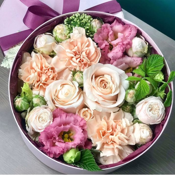 Mixed Flowers in round box