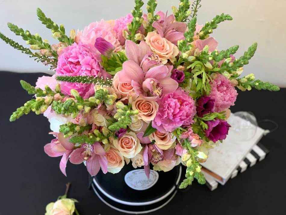 Large Hat Box Arrangement with Roses, Peonies, Orchids and Mix Flowers