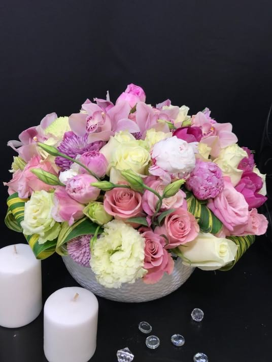 Large Flower Arrangement with Mix Flowers in Soft Pink Colors