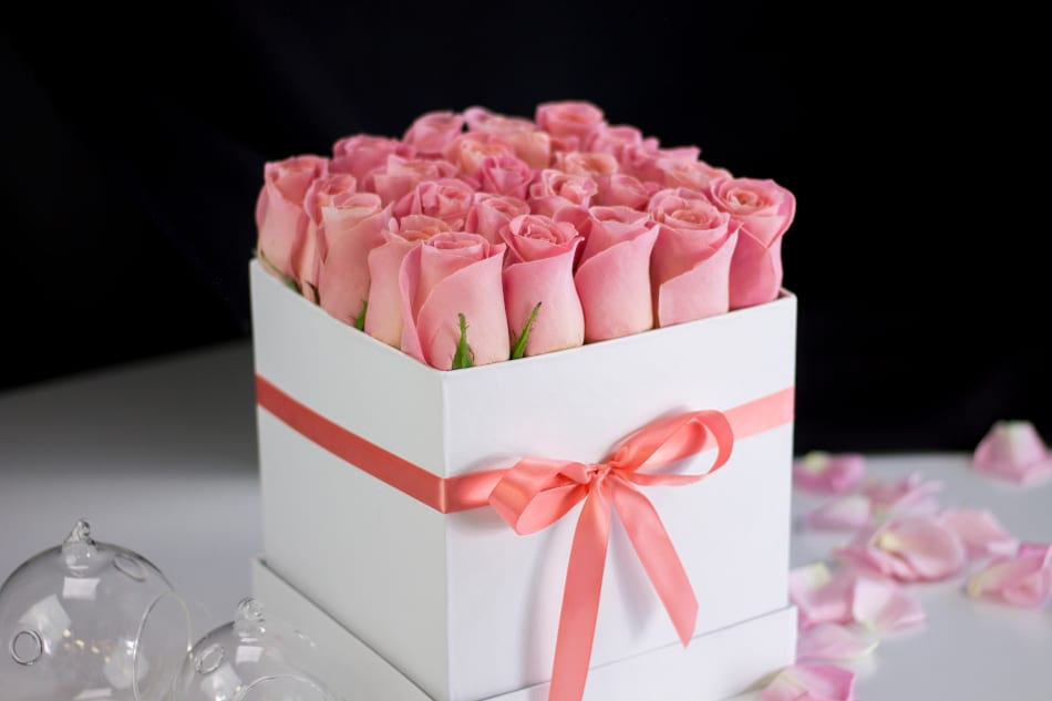 Blush Pink Roses in a Box