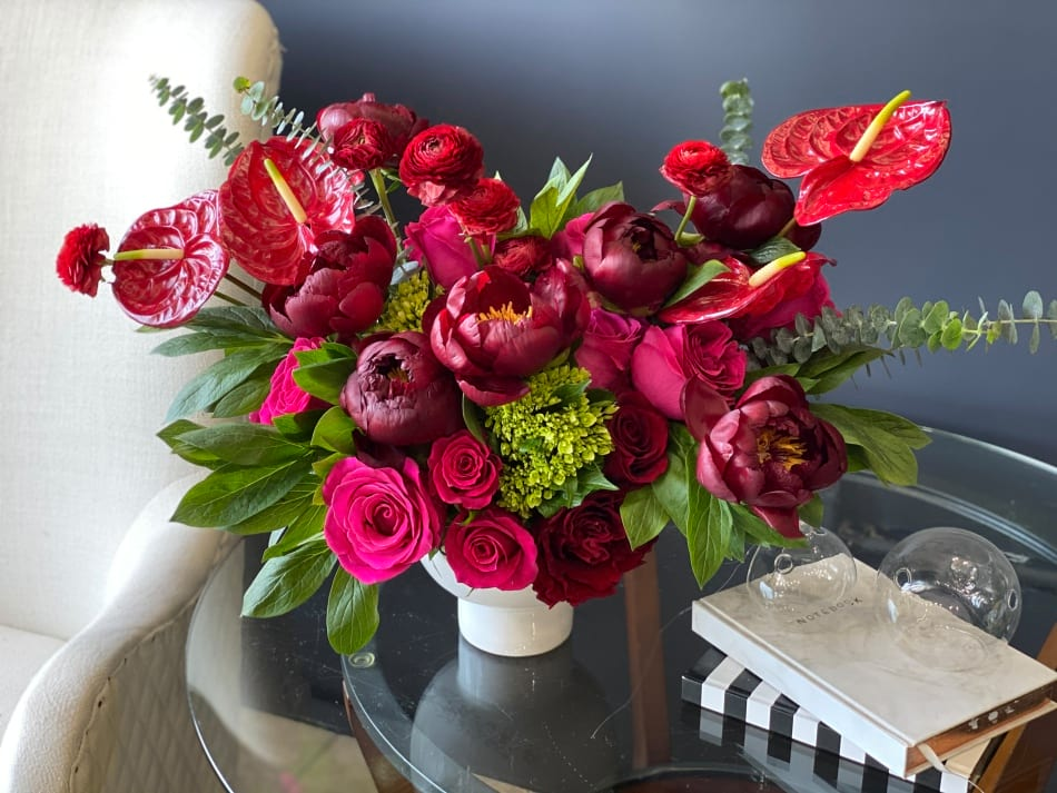 Lady in red| Modern flower design with peonies and roses