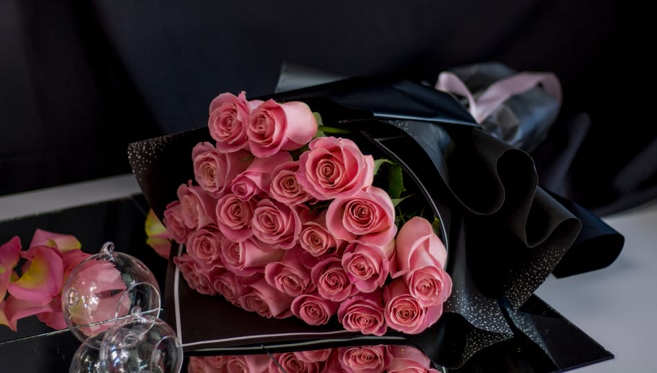 2 Dozen Blush pink Roses Bouquet