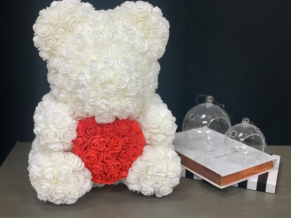 Rose Teddy Bear with heart. White. 40 cm