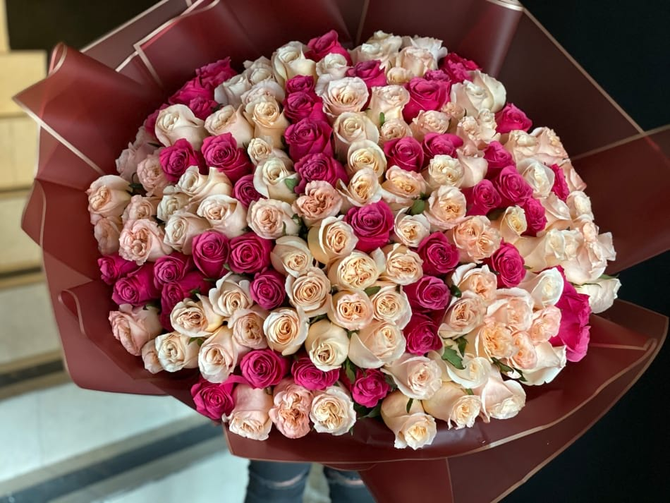 150 Peach and Hot Pink Roses Bouquet