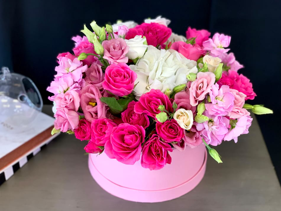 Spring flower arrangement in pink and white colors