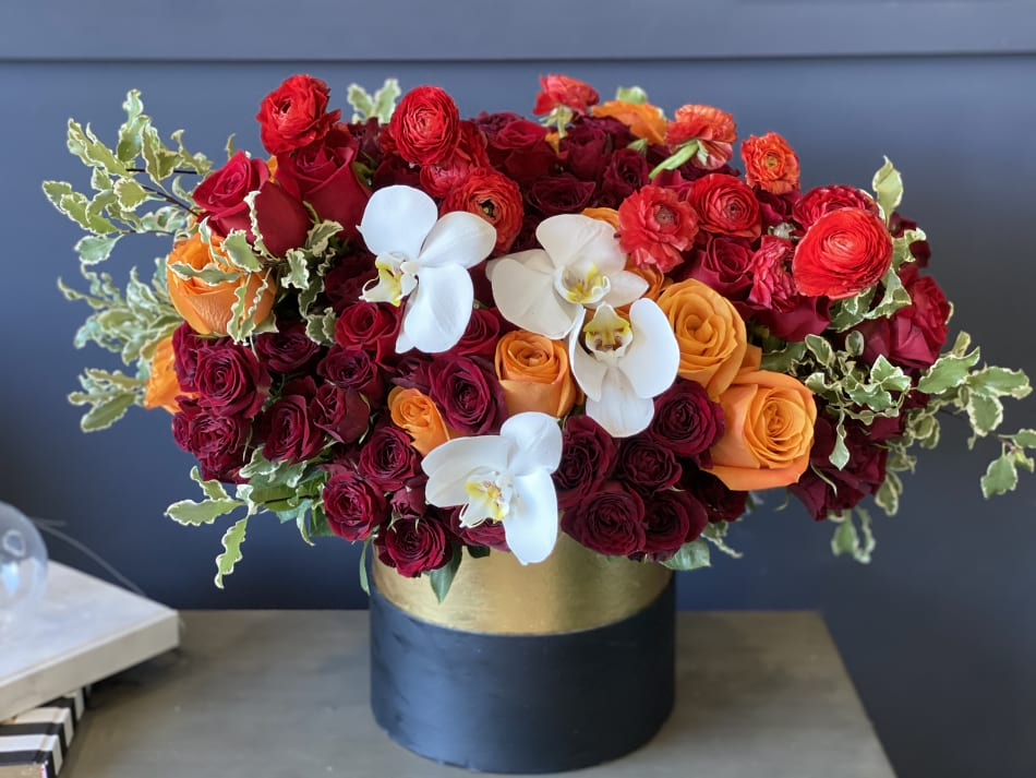 Autumn |Hat Box Arrangement with Mix Flowers