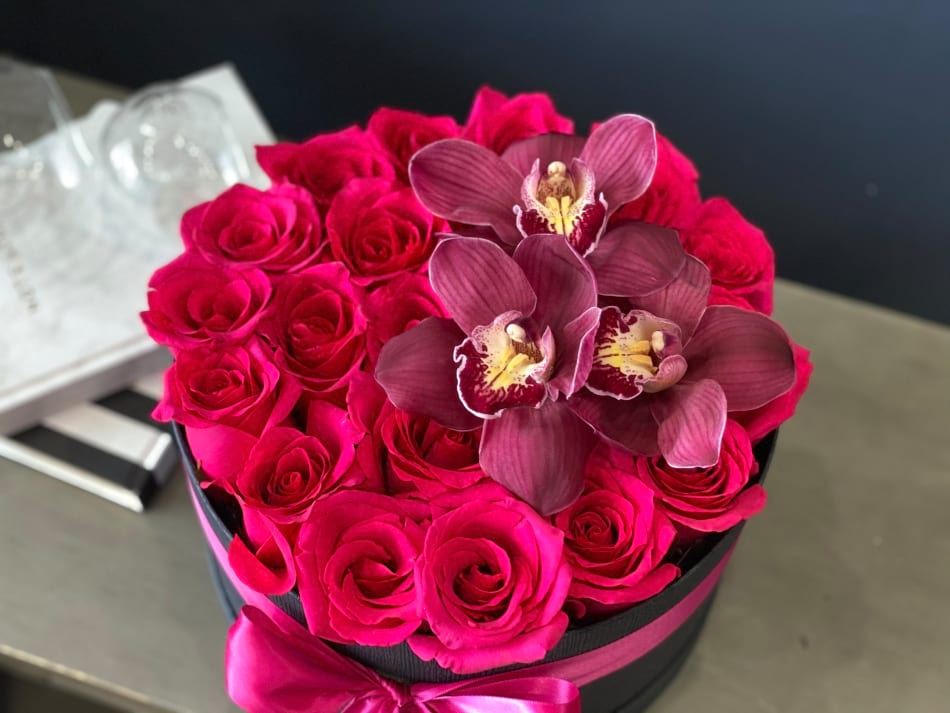Hot Pink Roses in a Box