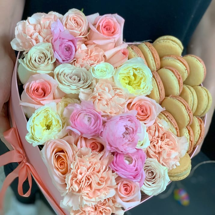 Elegant gift Box with Flowers and Macaroons