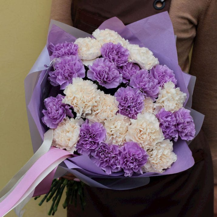 Lavender Beauty. Carnations Bouquet