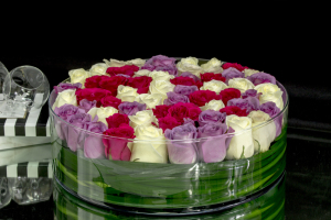 50 Premium Roses in Luxury Glass Vase