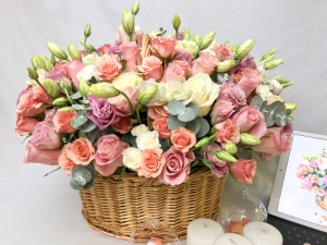 Mix Flower Basket Vanilla